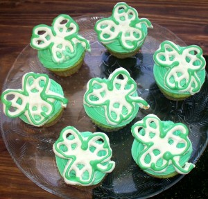 Shamrock Pretzel Cupcakes
