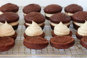 Chocolate-PB-Cupcakes1