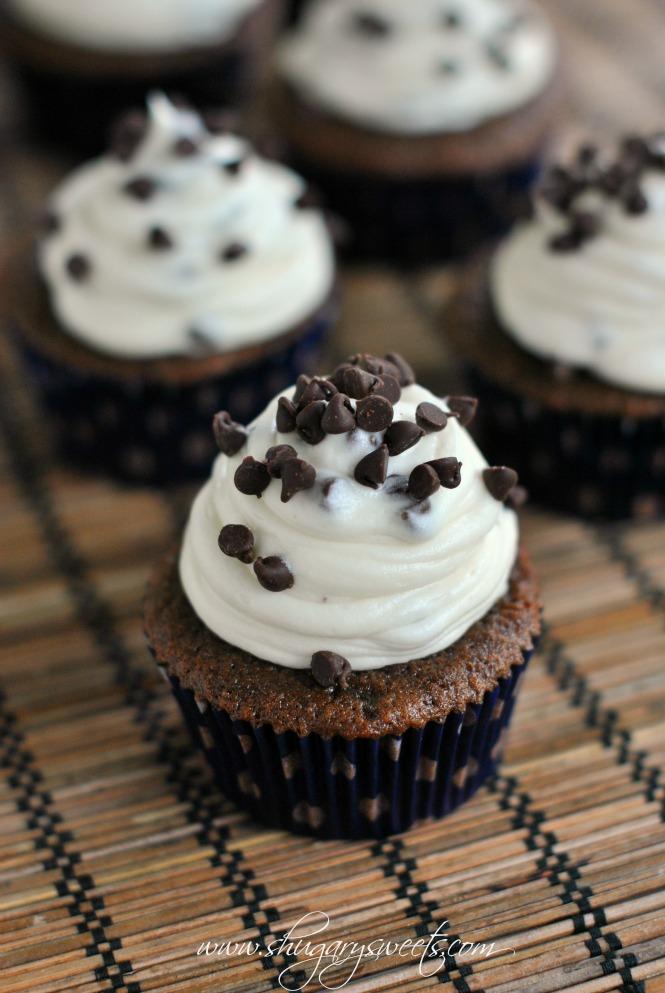 Chocolate Chip Cheesecake Cupcakes