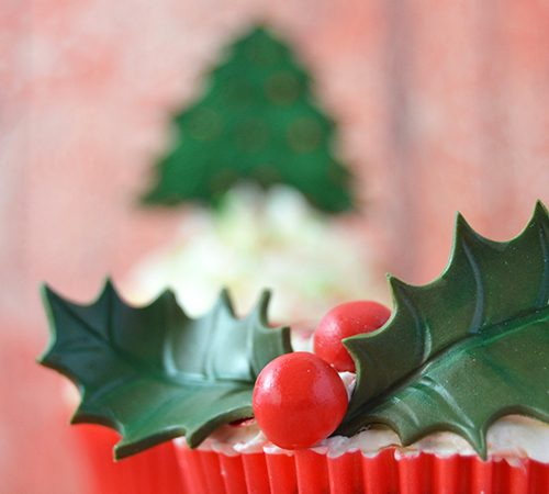 Christmas Cupcakes – Santa Claus, Christmas Tree, and Holly