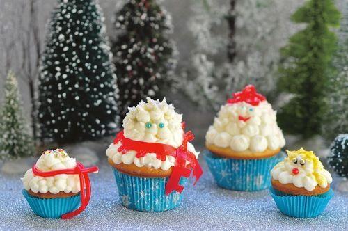Snowmen Cupcakes Will Melt Your Heart