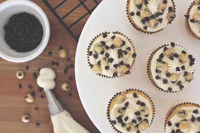 Vanilla Chocolate Chip Cookie Cupcakes