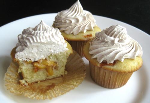 Peach Cobbler Cupcakes Cupcake Fanatic