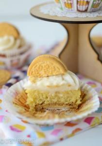 banana-golden-oreo-cupcakes-5-of-7