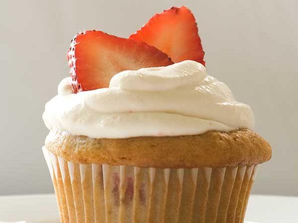 Strawberries and Cream Cupcakes (Gluten Free)