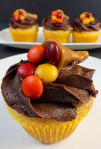 Thanksgiving Carmelcopia Cupcakes